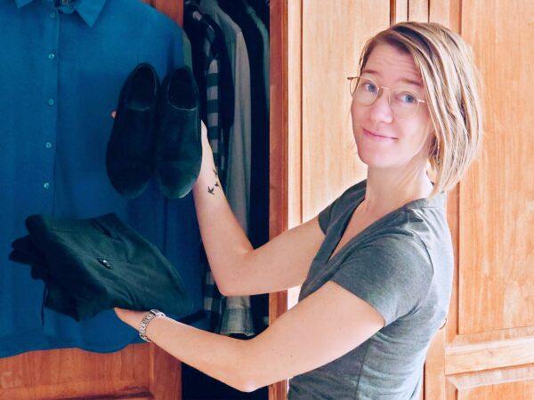 kleding zoeken om duurzame baan te vinden